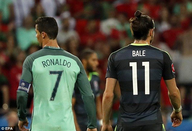 Cristiano Ronaldo pulls off slam dunk to down Gareth Bale's Wales | Daily Mail Online