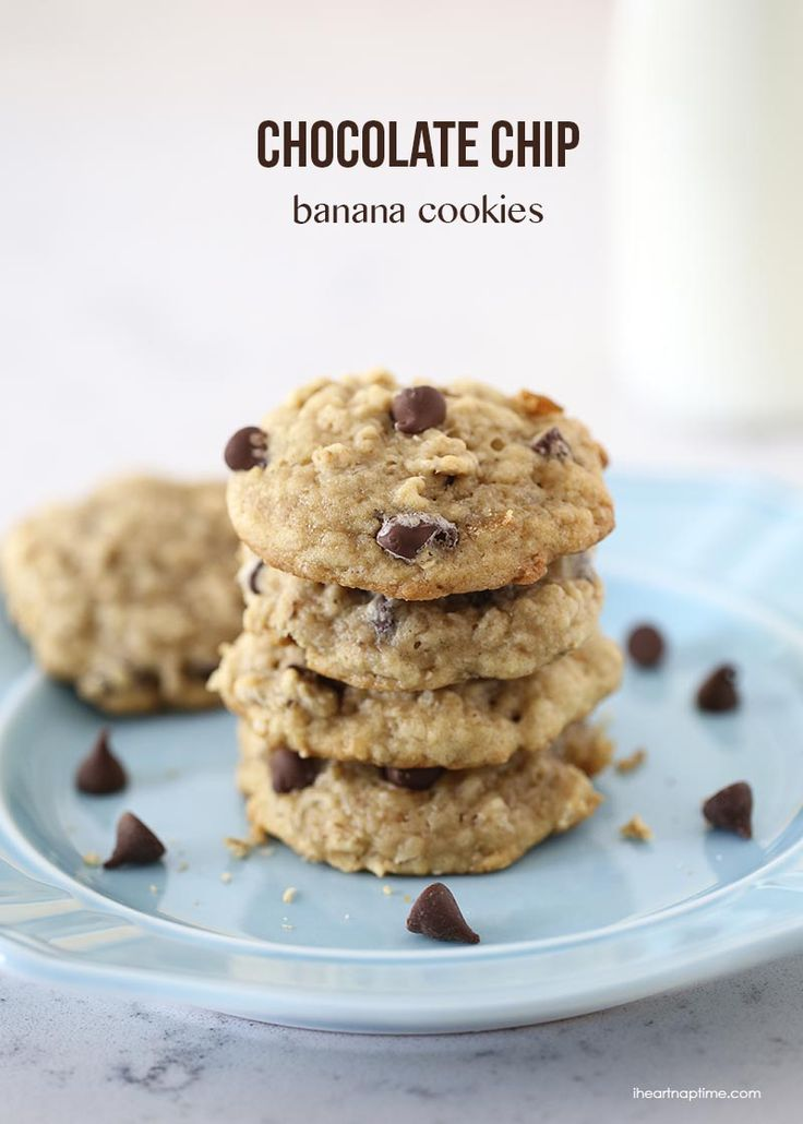 Chocolate Chip Banana Cookies on iheartnaptime.com ...super soft, delicious and the perfect way to use up those over-ripe bananas!
