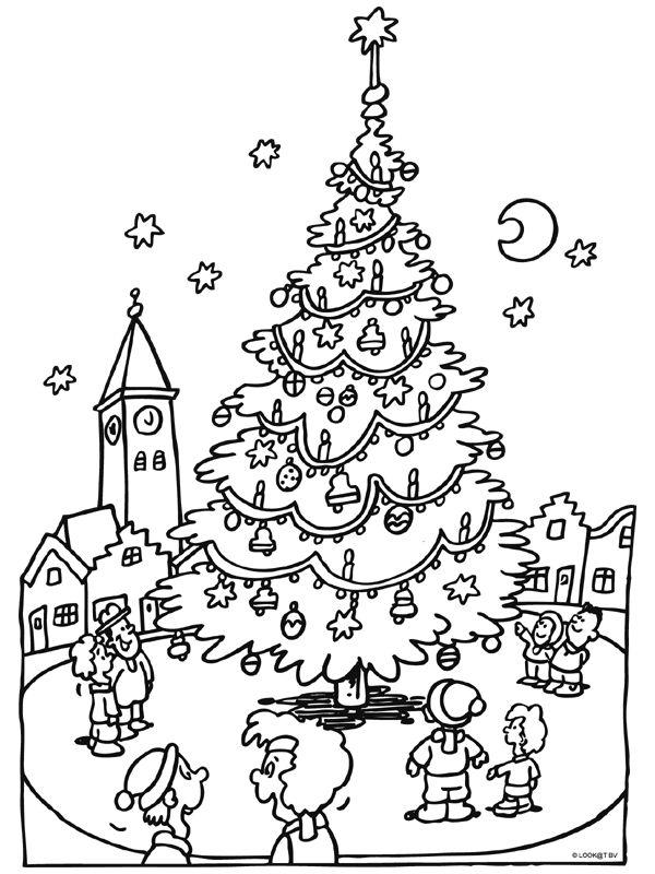 Kleurplaat Kerst Snoopy Kleurplaat Kerstboom Op Het Marktplein Kleurplaten Nl