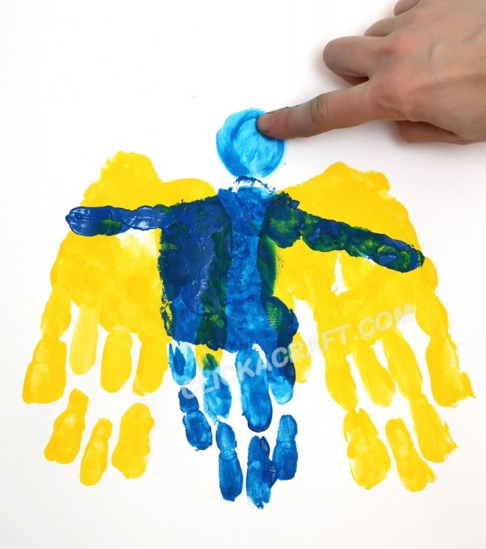 Angel Wing Hand-print Art  http://www.clickacraft.com/handprint/handprint-angel