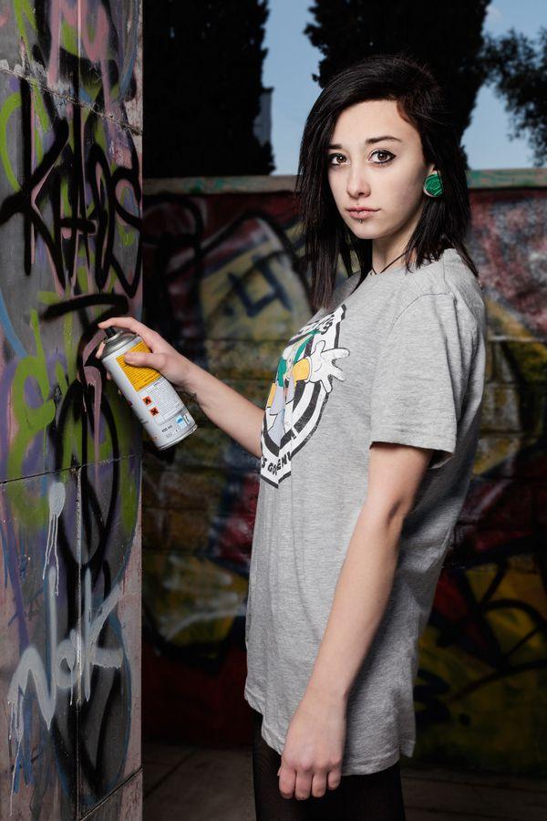 Bellezza nel sub urbano  photography portrait sblendone