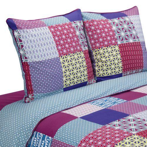 #chambre #lit #drap #housse #couette #motifs #petits #patchwork