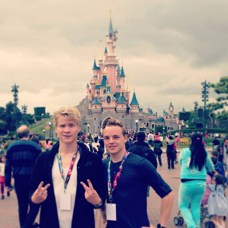 Kelvin Boerma and Peter de Harder - Cinemates - In Disneyland