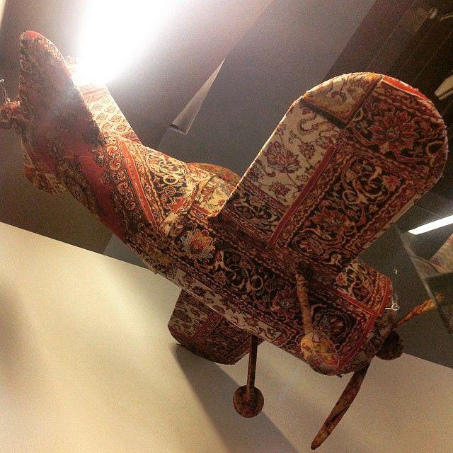 Обновление коллекции #Erarta Museum/ Ковер-самолет. A Flying Carpet! #art #airplane #aobject #installation