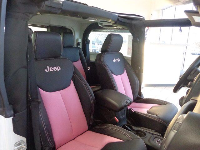 Jeep wrangler seats - pink seat