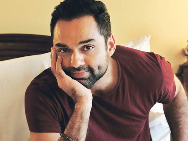 As soon as he made his debut on Instagram, Abhay Deol posted pictures of his paintings and they are just marvelous.