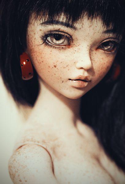 Unique and beautiful Minifee Chloe