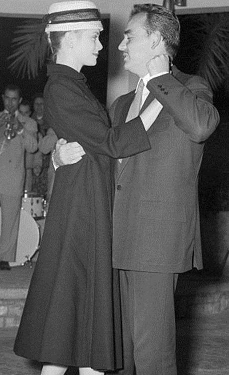 Princess Grace and Prince Rainier III of Monaco                                                                                                                                                      Mais