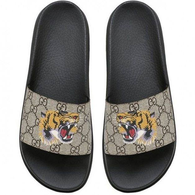 2971690e889 Gucci Men Tiger Print Gg Supreme Slide Sandals ( 275)   liked on Polyvore  featuring men s fashion men s shoes men s sandals beige mens sandals gucci  mens ...