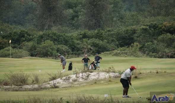 Rio Olympic golf course eerily empty three…