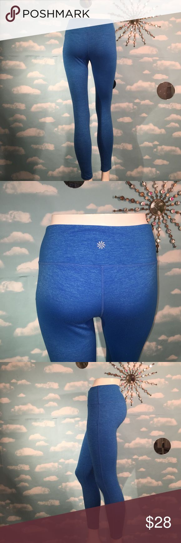 Athleta Legging Never worn, so condition is new! Heathered  royal blue, color is accurate in photos! Sweat wicking, 4 way stretch, I follow all Posh Mark Rules! 🚫No Trading! Reasonable Offers Welcome! I value the trust it takes to purchase items from a complete strangers closet and will personally guarantee your satisfaction. Thanks for looking! beautiful leggings! Size small. Athleta Pants Leggings