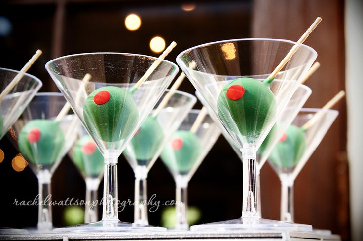 Martini Cake Pops..now this is cute for an adult party @Ana Ruiz . Maybe a post-Noche Buena treat?