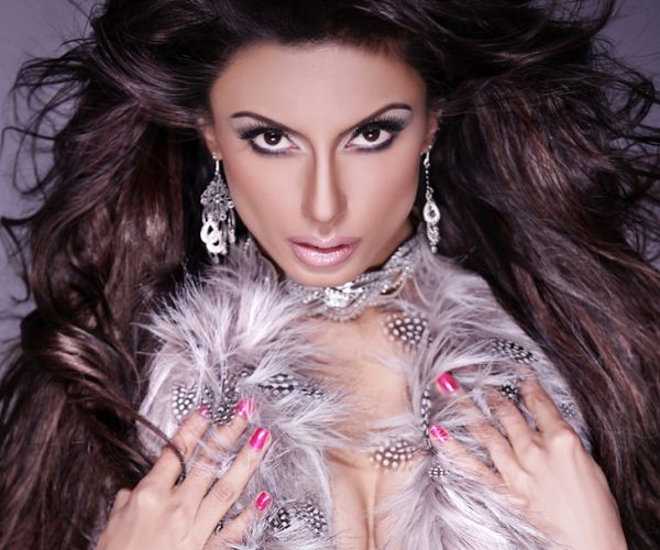feathered hair styles 2473 best fur and jewelry images on brunettes 3003