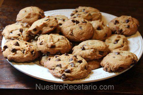 Galletas choco chips o galletas de chispas de chocolate - Receta facil