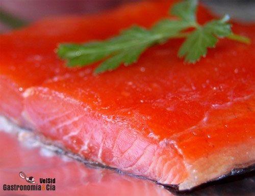 Cómo hacer salmón marinado básico