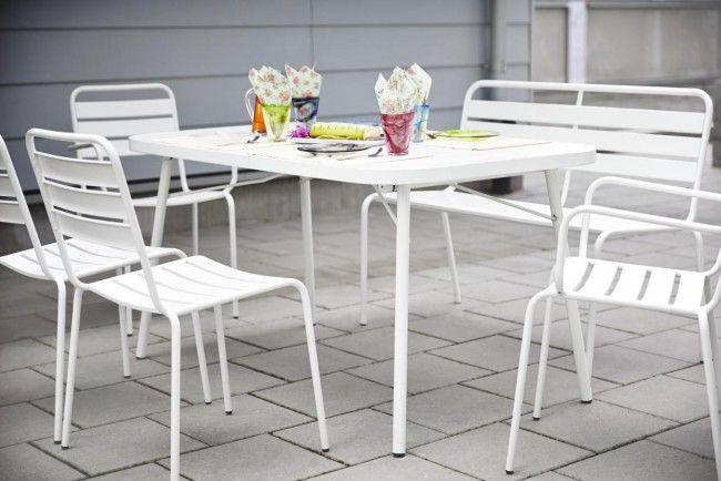 Horda Stapelstol med armstöd Vit - Karmstolar & Fåtöljer - Stolar - Utemöbler | Folkhemmet