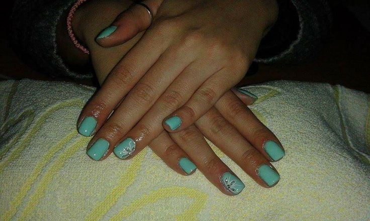 Shellac with flower