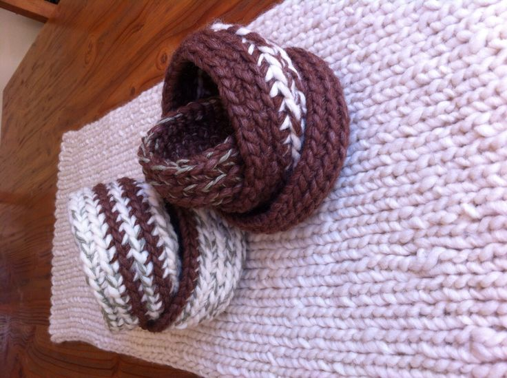 Cestas tejidas a crochet