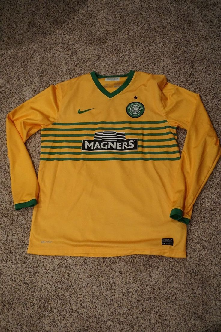 NWOT 100% authentic Glasgow Celtic soccer/football jersey away sz L long sleeve