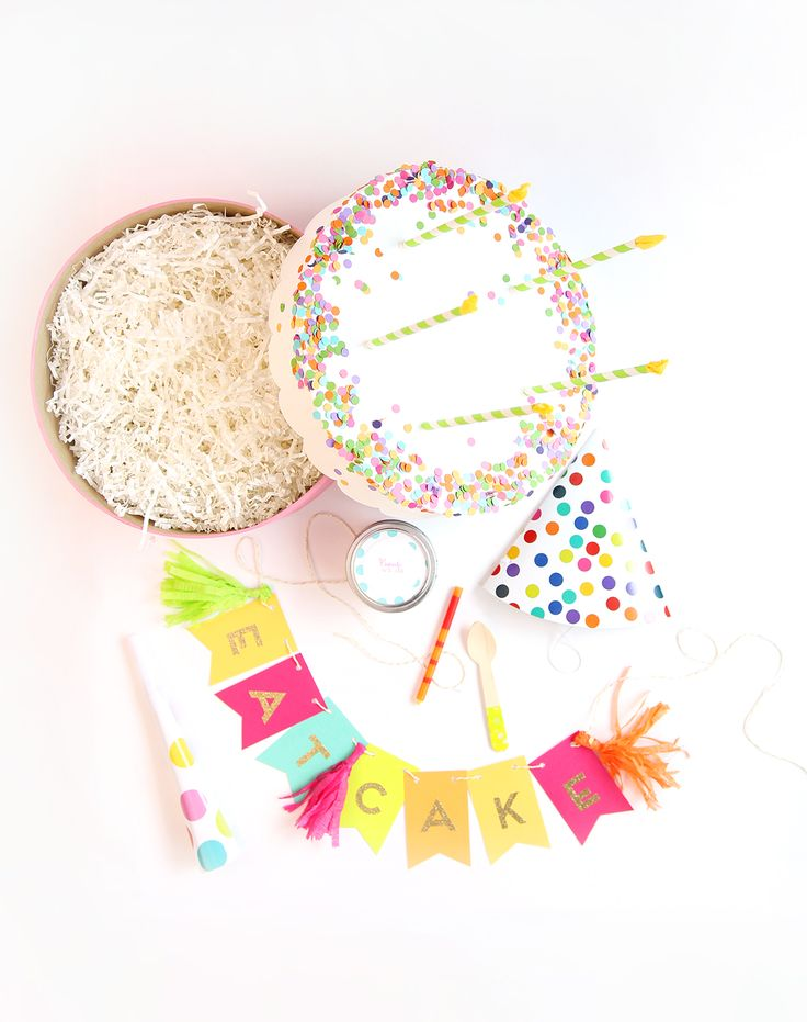 This is seriously the cutest idea for a birthday party. I love  the DIY projects and end results.