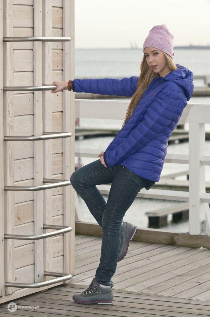 shoes - Helly Hansen W The Forester 723 / jacket - Helly Hansen W Verglas Hooded Down Insulator 258 / hat - Helly Hansen Graphic Beanie 233