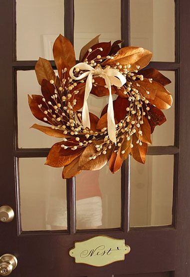 .Fall DoorThanksgiving Wreaths, Fall Leaves, Fall Decor, Magnolias Leaves, Leaf Wreaths, Fall Wreaths, Magnolias Leaf, Dishfunctional Design, Autumn Wreaths