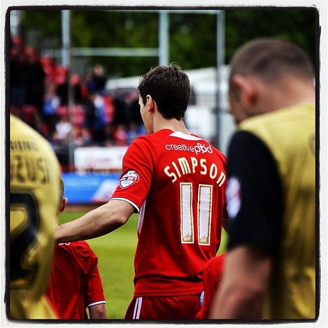 Leading them into battle #football #soccer #skybet #league1 #crawley #town #ctfc #reddevils #simpson #captain #leader