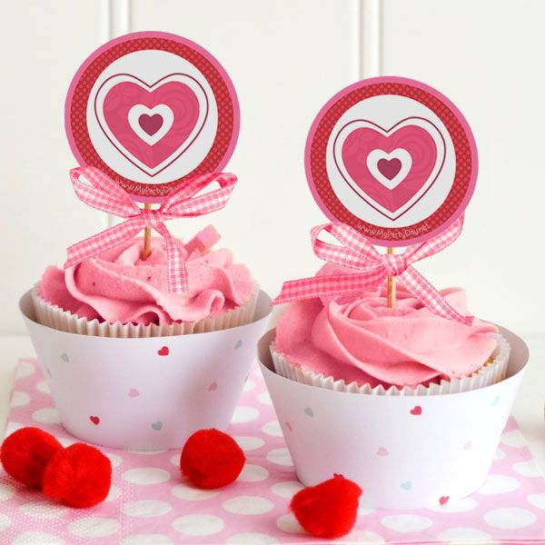Express all the love do you feel for your loved ones with this toppers for cupcakes     /       Expresa todo el amor que sientes por tus seres queridos con esto toppers para cupcakes