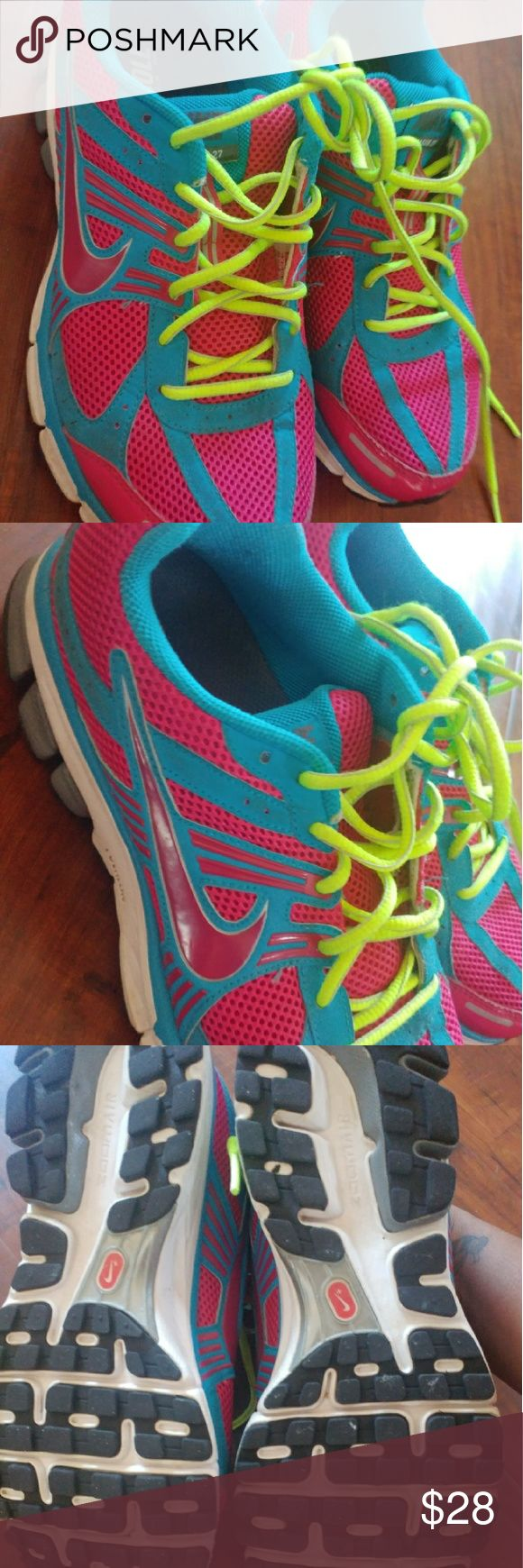 Nike like new Nike zoom like new condition Nike Shoes Sneakers