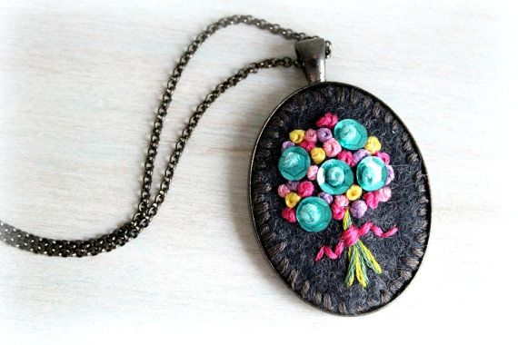 Hand Stitched Embroidery. Embroidered Jewelry. Flower Necklace. Felt Pendant. Pendant Necklace. Bubblegum Necklace. Cute Necklace.