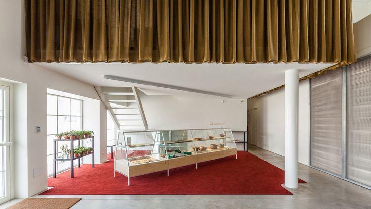 Espaço Espelho D' Água: A Renovated Modernist Gem in Lisbon, Portugal | Yatzer