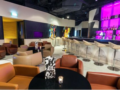 Bar 75 do Hotel Crowne Plaza Changi Airport