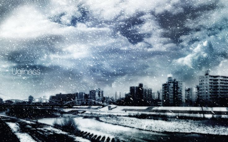 Grey city, heavy clouds