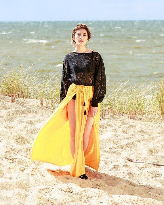 Sweatshirt / short dress black unique lace floral by MagdalenaMol
