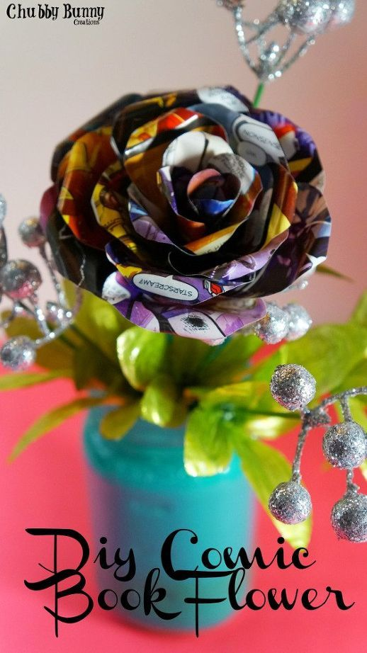 Such a great repurpose of comic book pages - DIY comic book flowers