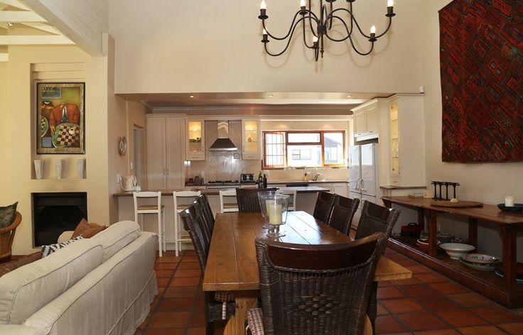 183 on 6th Street: Dining Room.   FIREFLYvillas, Hermanus, 7200 @fireflyvillas ,bookings@fireflyvillas.com,  #183on6thStreet #FIREFLYvillas #HermanusAccommodation