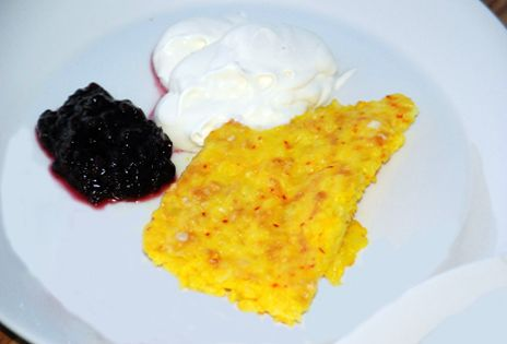 Per Morbergs saffranspannkaka med salmbärssylt | Recept.nu