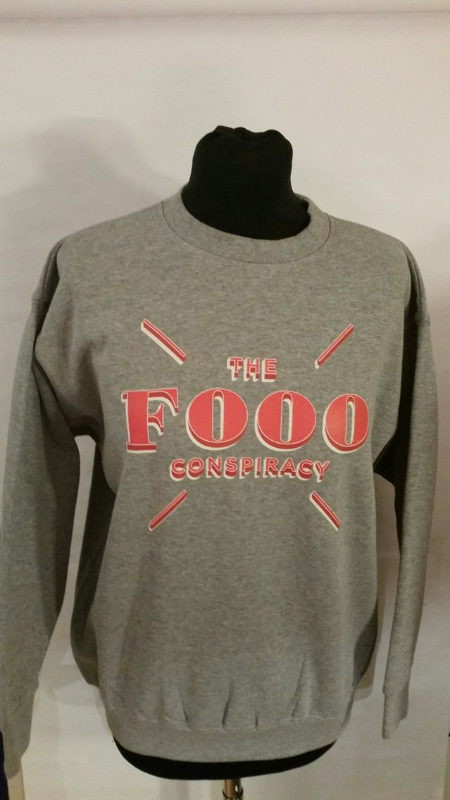Crewneck Collage Tröja ~ The Fooo Conspiracy