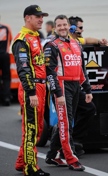 Clint Bowyer and Tony Stewart