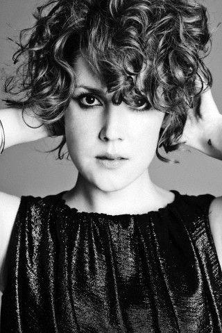 Melanie Lynskey. black and white portrait (female)