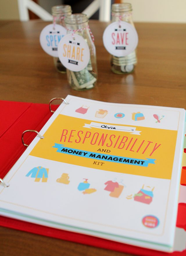 I love  free printable, but some are worth paying for! This kit is one of those. Help teach your kids about money as well as develop great bedtime and morning routines. #printable #kids #routine