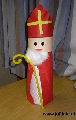 Sinterklaas van een koker; deze maakte ze in groep 1 :)