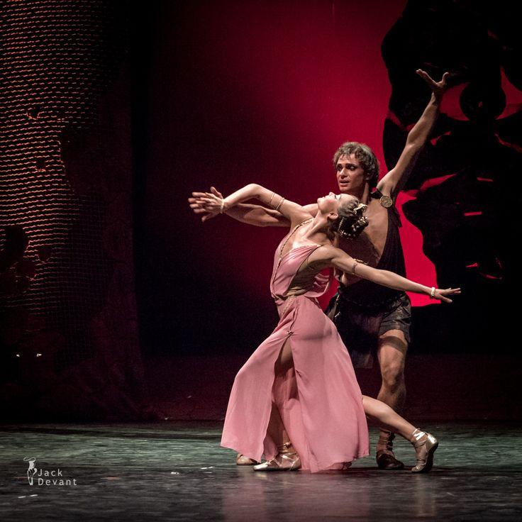 Daria Elmakova and Maksim Tkachenko in Spartacus