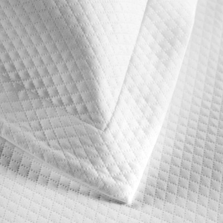 Diamond Pique Pillow Cases