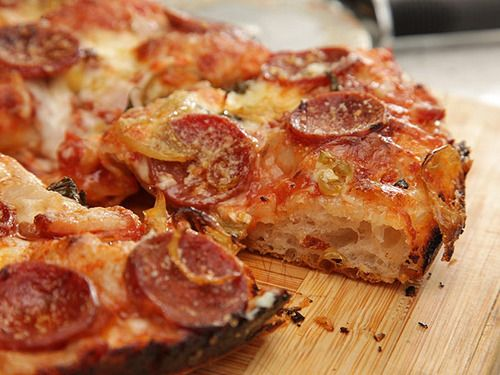 foolproof pan pizza from Serious Eats' Slice