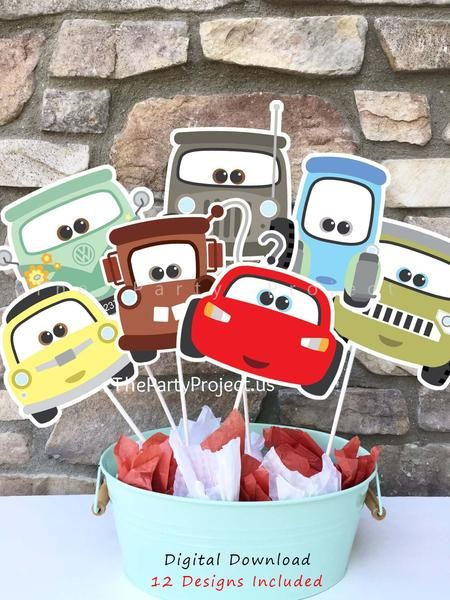 Simply adorable! Cars printable centerpiece including the main characters of all the Disney Cars movies 1, 2 and 3! --- Jackson Storm, Cruz, Sally, Holley are also part of this set! Shop now at www.thepartyproject.us   ////// Centro de Mesa Imprimible tematica Cars, con todos los personages de las peliculas Cars 1, 2 y 3!