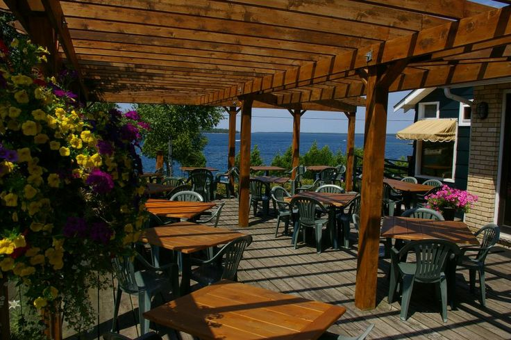 Tobermory Patio...