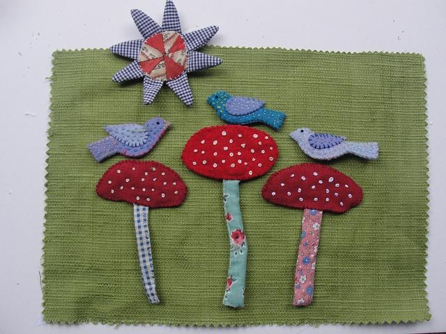 birds and mushrooms, via Flickr.