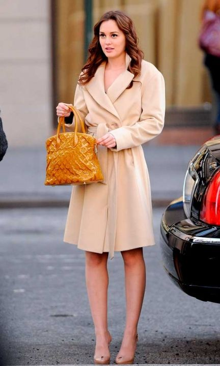 Leighton Meester Working Neutrals On The Set Of Gossip Girl In New York, March 2012