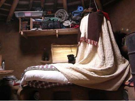 Cob House Bed